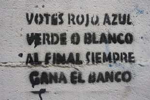 Plantilla con mensaje en la Calle Elvira de Granada